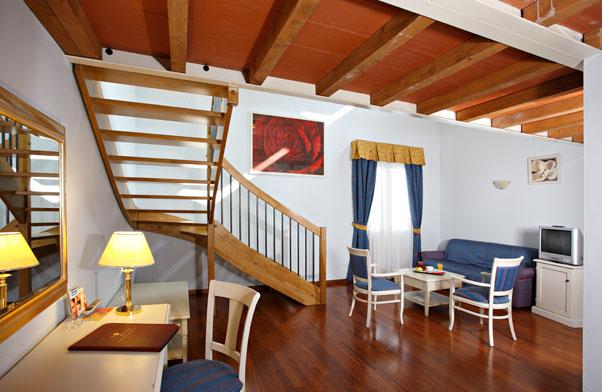 Camera Matrimoniale A Carpi.Hotel Gabarda Carpi Albergo 4 Stelle A Carpi